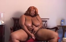 Huge African bitch masturbating