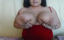 Latina BBW with huge titties on camera